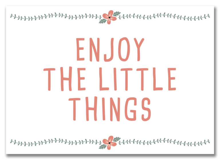 "Postkarte Local & Urban ""Enjoy the little things"" im Blumenmotiv"